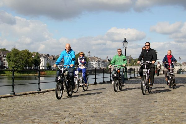 solex-fietstocht-door-maastricht-events-company-4