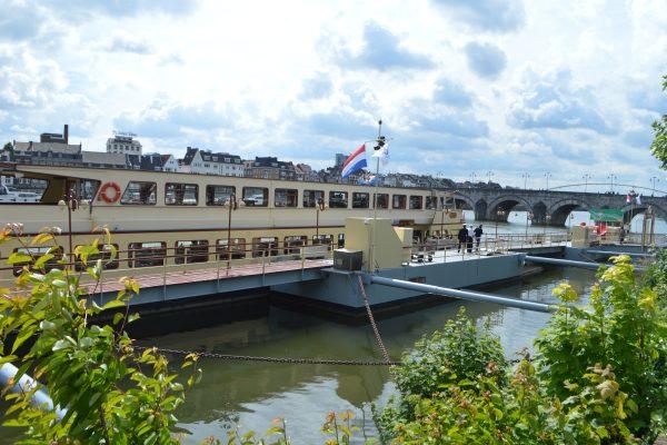 boot aanlegsteiger